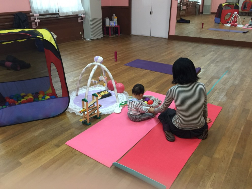 2016年3月 湘南ママヨガ&キッズヨガ・ベビーマッサージ